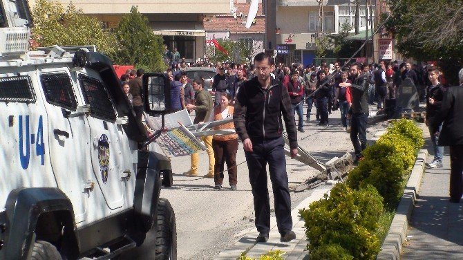 Tunceli'de Öldürülen Terörist Toprağa Verildi