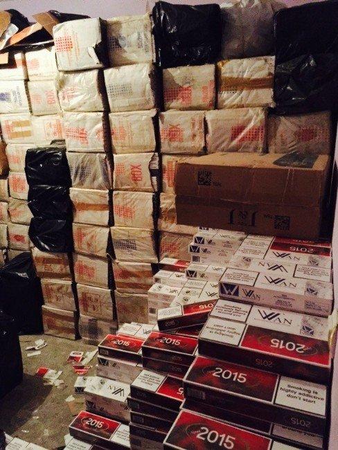 Van'da Bir Milyon 146 Bin Paket Sigara Ele Geçirildi