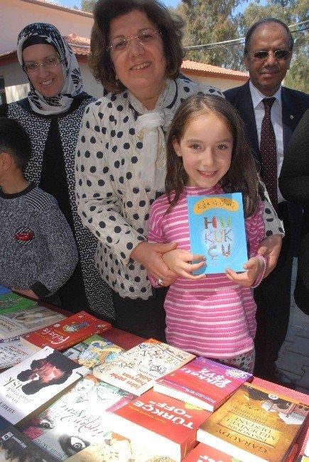 1001 Kitap Projesi Öğrencileri Kitapla Buluşturdu