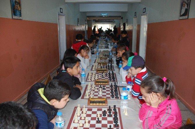 Adıyaman Cumhuriyet İlkokulu Satranç Turnuvası Düzenledi