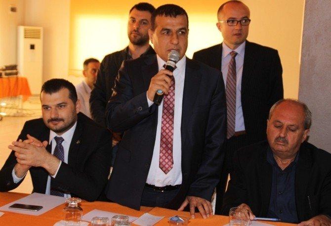 AK Parti Hatay Teşkilatı Erzin'de Bir Araya Geldi