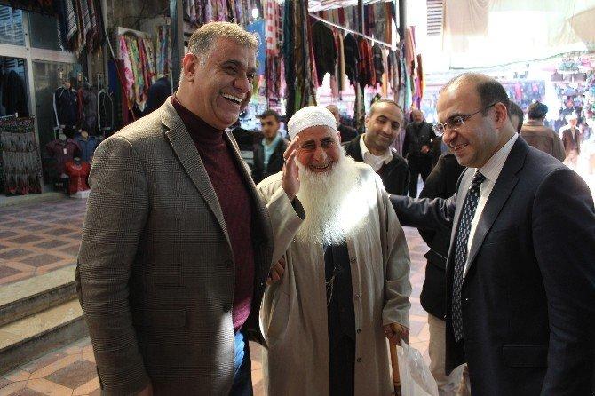 AK Parti Milletvekili Taha Özhan Ayakkabıcılar Esnafını Ziyaret Etti