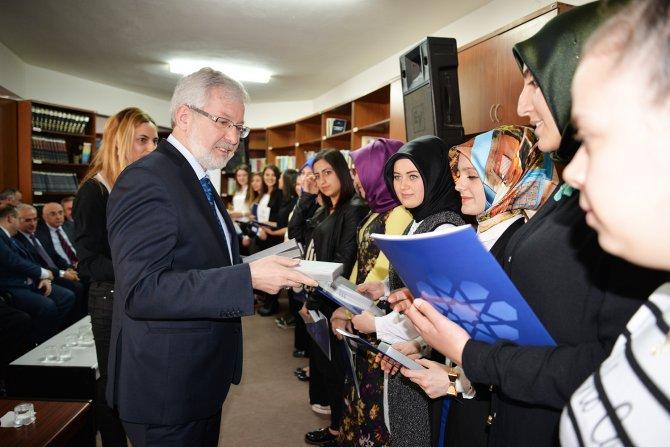 Yenişehir İbrahim Orhan MYO'da başarılı öğrencilere ödül