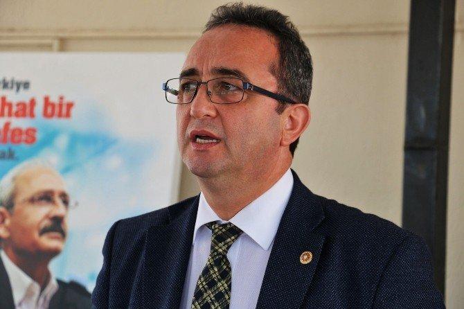 CHP'li Tezcan'dan Vali Ayyıldız'a Büyükşehir Eleştirisi
