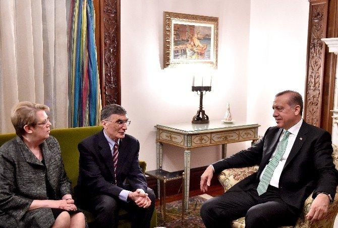 Cumhurbaşkanı Erdoğan, Aziz Sancar Ve Eşini Kabul Etti