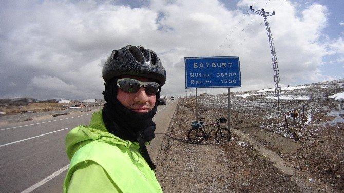 Göreleli Bisiklet Tutkunu Şehitler İçin Pedal Çevirdi