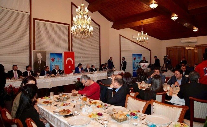 İstanbul'da Mersin İdman Yurdu'na Destek Gecesi
