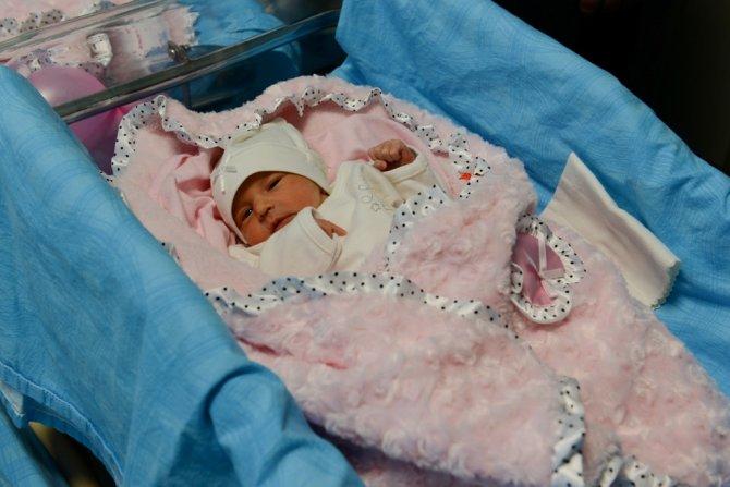 Kahramanmaraş'ın ilk tüp bebekleri Asya ve Arya oldu