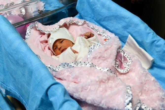 Kahramanmaraş'ın İlk Tüp Bebekleri Asya Ve Arya Oldu