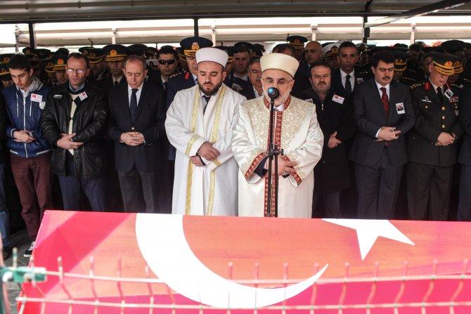Nusaybin'de şehit olan uzman çavuş dualarla uğurlandı
