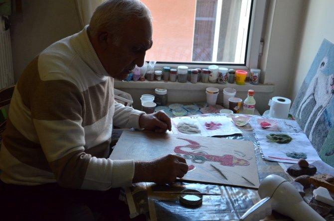 Doğadaki taşlar, sanatçı Hasan Rüzgar'ın elinde sanata dönüşüyor