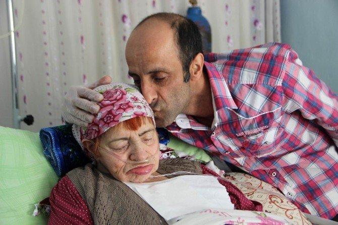 Bir Evladın Annesine 20 Yıllık Vefası