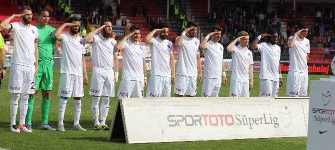Trabzonsporlu Oyunculardan Asker Selamı