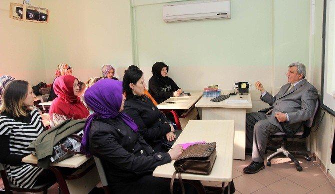 Başkan Karaosmanoğlu'ndan Gölcük Ko-mek'e Ziyaret