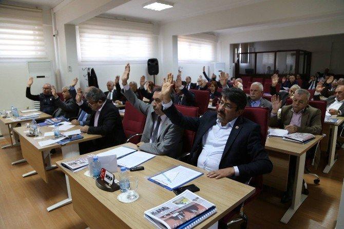 Efeler Belediye Meclisi'nde Seçim Yapıldı