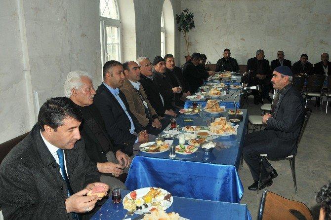 Eleşkirt'te Halk Toplantısı