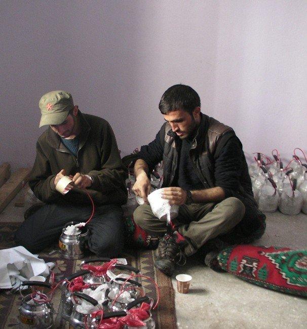 Teröristler, Kürtçe Şarkılar Eşliğinde Çaydanlık Bombası Hazırladılar