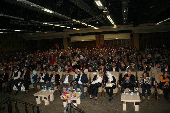 Marmaris'te Şehitler İçin Okutulan Kuran Tilaveti'ne 2 Bin Kişi Katıldı
