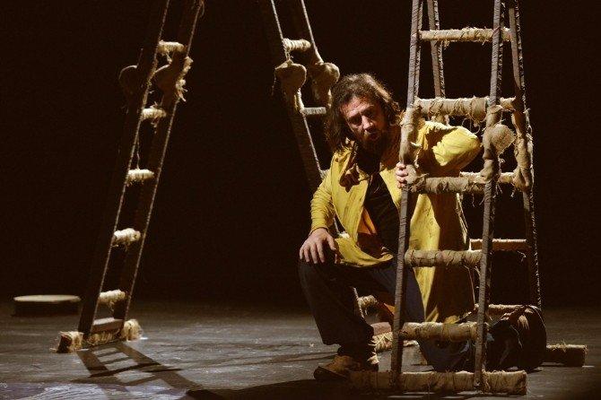 Nilüfer'de Tiyatro