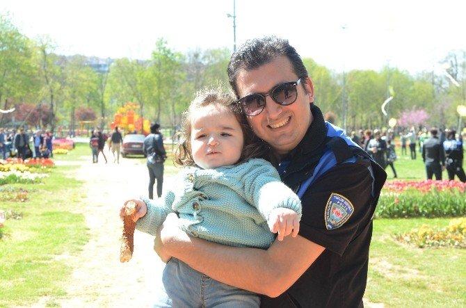 Türk Polis Teşkilatı'ndan Uçurtma Şenliği