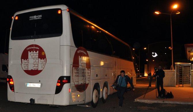 7 otobüs dolusu kaçak göçmen Kırklareli'ne ulaştı