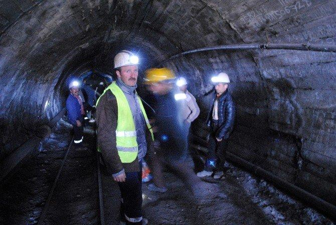 Amasyalı Madenciler Yer Altında Eylem Başlattı