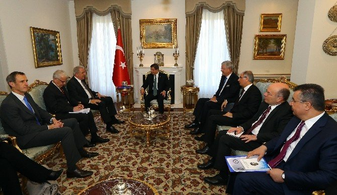 Başbakan Davutoğlu, Göç İşlerinden Sorumlu AB Komiseri Avramopulos'u Kabul Etti