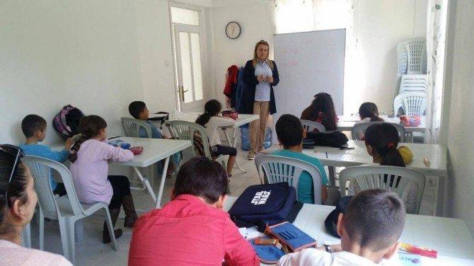 Başkan Uyar Öğrencilere Ders Anlattı