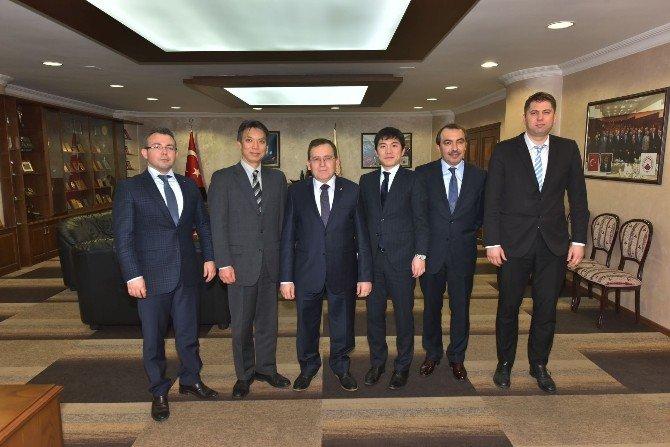 """""""Türk İş Adamları Japonlar'a Göre Daha Cesaretli"""""""