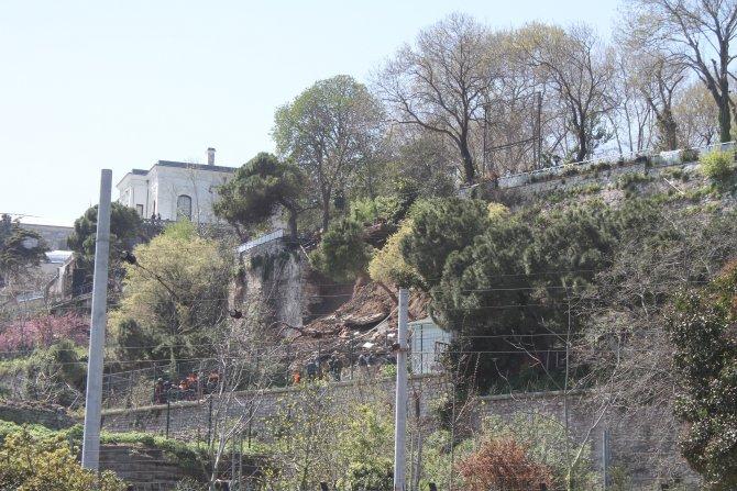 Gülhane Parkı'nda duvar çöktü: 2 kişi enkaz altında kaldı