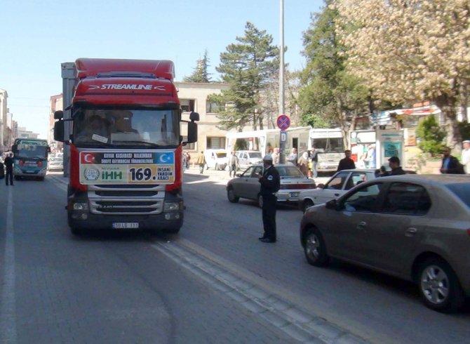 Nevşehir'den Türkmenlere 169. yardım TIR'ı gönderildi