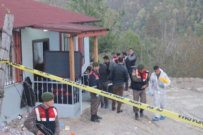 İstanbullu Baba Oğul Yazlık Evlerinde Öldürülmüş Olarak Bulundu