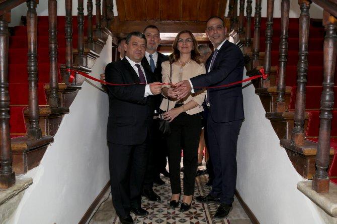 Lefkoşa'da Osmanlı Medeniyetler Kütüphanesi açıldı