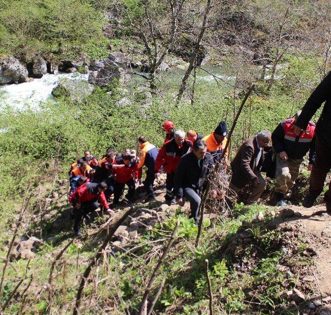 Ordu'da Irmakta Kaybolan Kadının Cesedi Bulundu