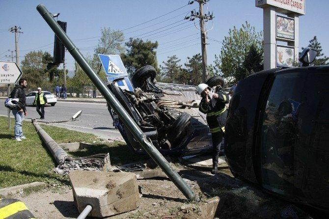 Bursa'da Kazada Can Pazarı