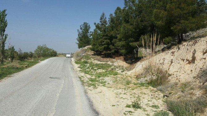 Başkan Gürlesin'den Yeniköy'e Yol Müjdesi