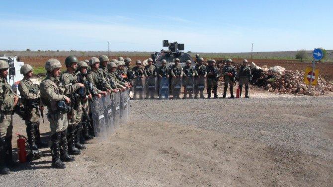 PKK yandaşlarının Öcalan'ın köyüne girişine izin verilmedi