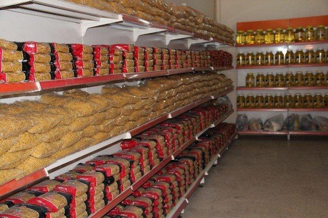 Rahmeteli Gıda Bankası'ndan 293 Aileye Yardım