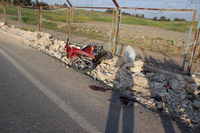 Takla Atan Motosikletin Sürücüsü Yaralandı