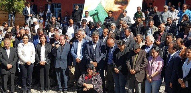 Abdullah Öcalan'ın Doğum Gününde Köye Sadece Akrabaları Alındı