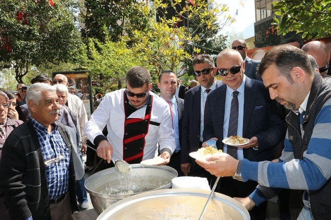 Alparslan Türkeş Manisa'da Unutulmadı