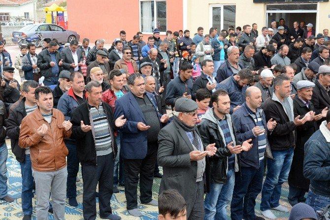 Aksaray'da Çiftçiler Yağmur Duası Yaptı