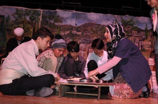 Yozgat Liseler Arası Tiyatro Festivali Tamamlandı