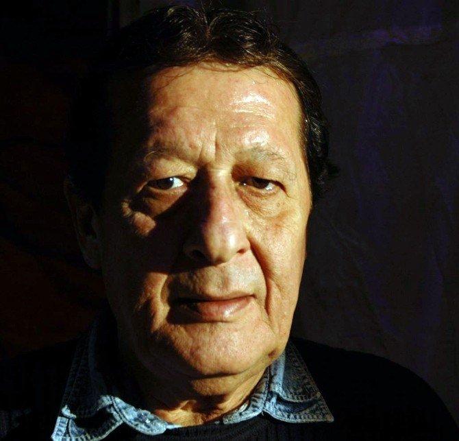 Usta Sanatçı Erhan Abir Hayatını Kaybetti