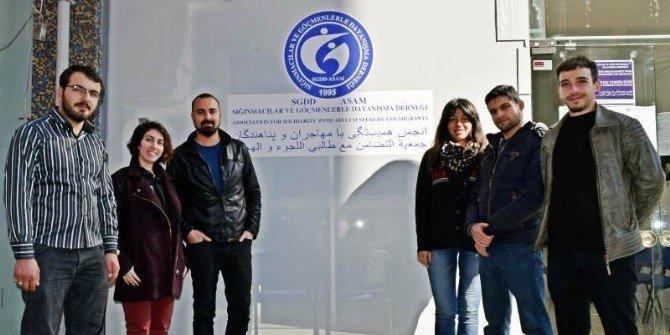 Günde 2 Bin 200 Sığınmacı Yunanistan'a Geçti