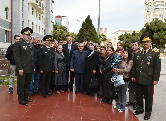 Aliyev: Azerbaycan'ın toprak bütünlüğü tartışma konusu olamaz