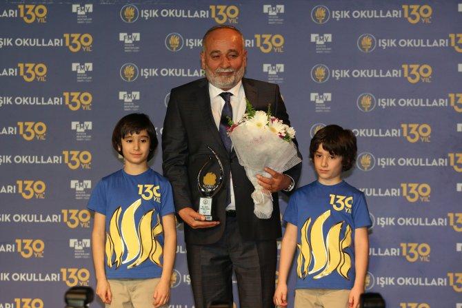 Beşiktaş Başkanı Orman'a onur, Gomez'e yabancı sporcu ödülü