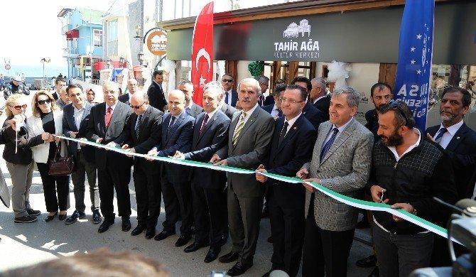 Tahir Ağa Kültür Merkezi Ara Güler'in Sergisiyle Açıldı