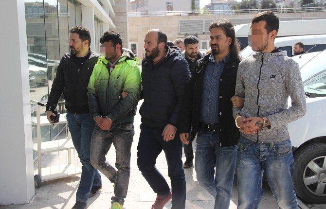 Uyuşturucu Ticaretinden 3 Kişi Tutuklandı