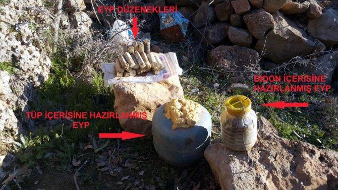 Diyarbakır'da köy yoluna döşenen bombalar son anda fark edildi